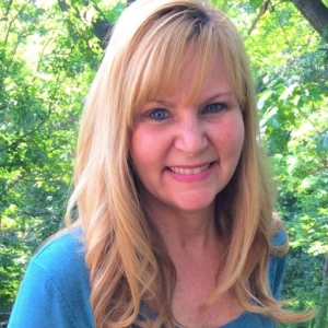 cropped-jackie-yeager-author-photo.jpg